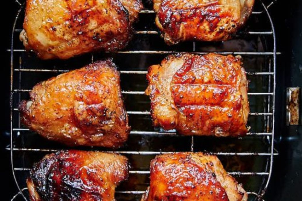 How to make Air Fryer Crispy Chicken Thighs